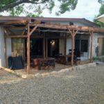 【Honey Garden Cafe】養蜂家となかまたちによる手作りのハニーガーデンカフェ。開放的な空間で鹿肉料理・キッシュ・はちみつ・ジャム・スイーツを堪能できるみつばちの森。